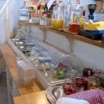 frühstück im max hostel bonn