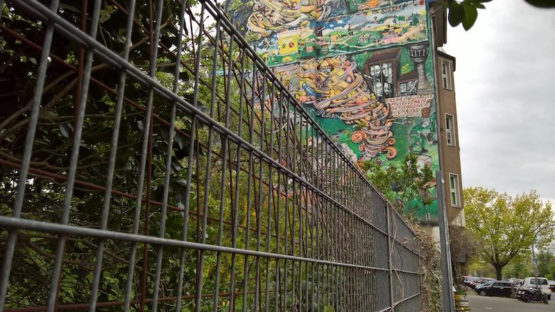 graffiti haus im belgischen viertel köln