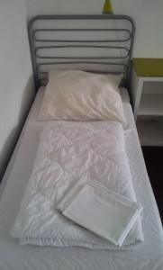 metalbett im 6-er dorm im station hostel köln