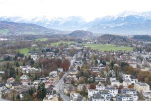 """Der """"alpennahe"""" Teil der Stadt Salzburg von der Festung aus"""