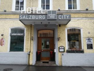eingang urban stay salzburg city