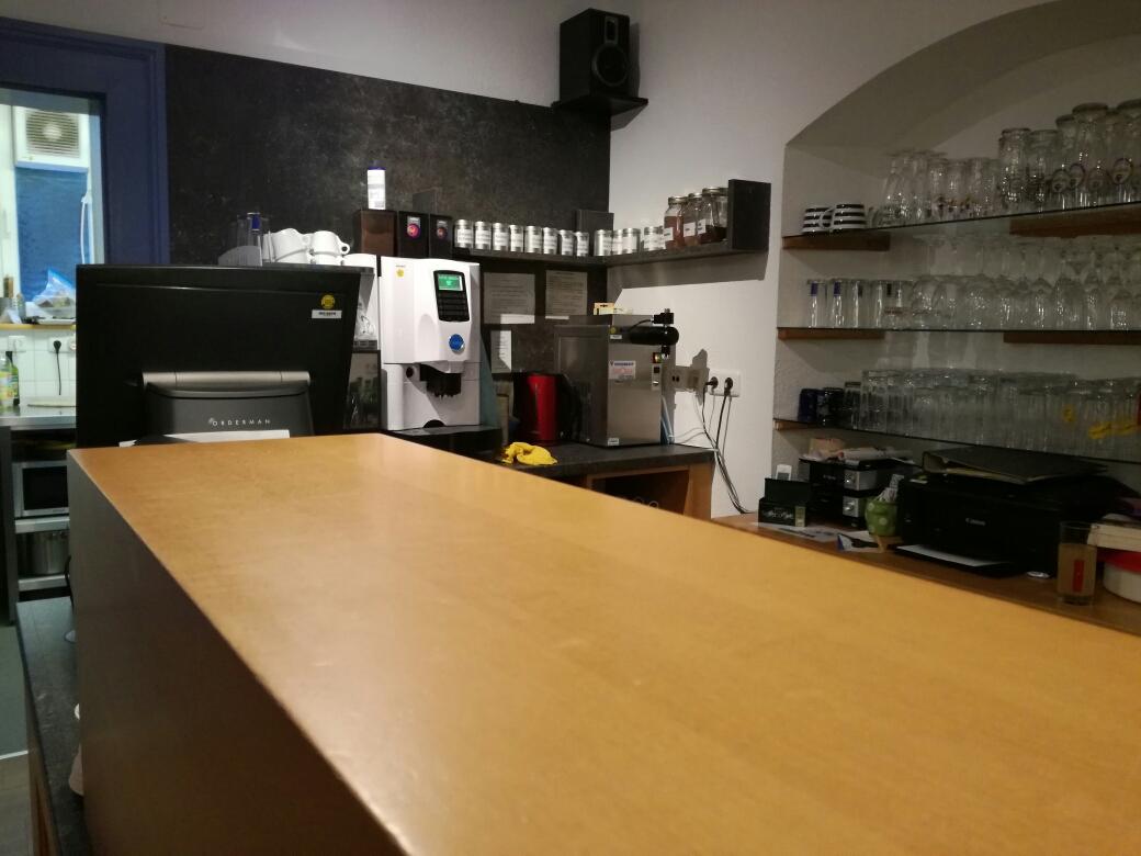 tresen im cafe lebenskunst in gunzenhausen
