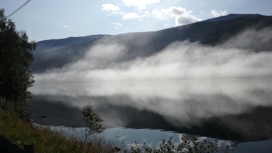 haukedalsvatnet haukedalen norwegen see